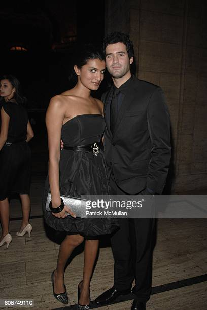 Jenna Thompson and Paul Anderson attend BOSS Black Spring/Summer 2008 Collection at Cunard Building on October 17 2007 in New York City