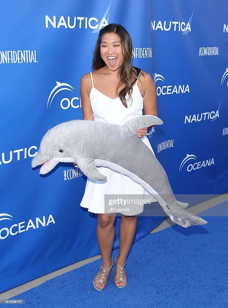 Jenna Ushkowitz attends the Nautica and LA Confidential's Oceana Beach House Party on May 16, 2014 in Santa Monica, California.