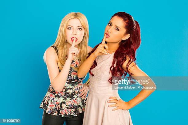 Jennette McCurdy and Ariana Grande from Nickelodeon's Kat Sam for M's QuizFest