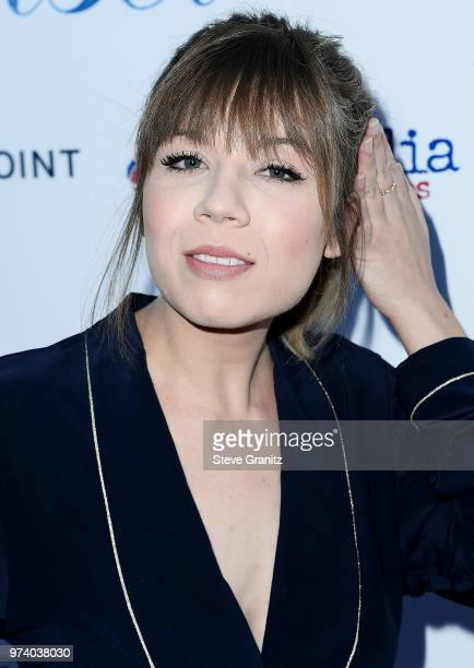 Jennette McCurdy arrives at the Magnolia Pictures' 'Damsel' Premiere at ArcLight Hollywood on June 13 2018 in Hollywood California