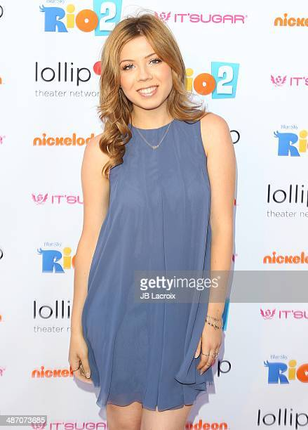Jennette McCurdy attends the Lollipop Theater Network Presents: A Night Under The Stars Hosted By Anne Hathaway on April 26, 2014 in Burbank,...
