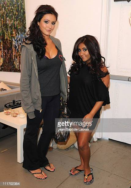 Jenni 'JWOWW' Farley and Nicole 'Snooki' Polizzi visit Prive Hair Salon on June 6 2010 in Los Angeles California