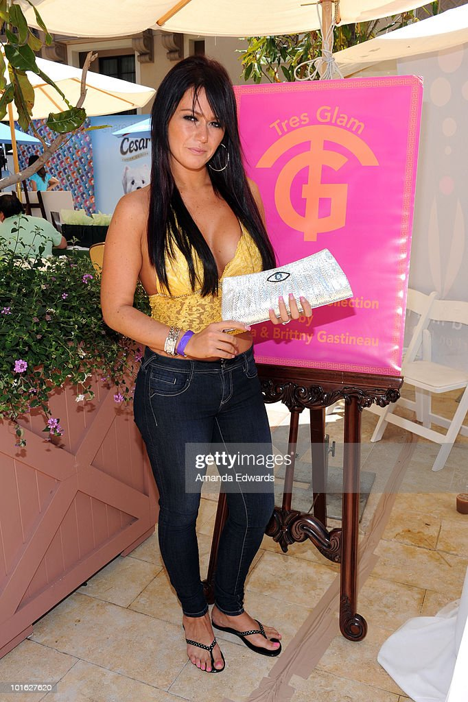 Jenni �JWOWW� Farley attends the Kari Feinstein MTV Movie Awards Style Lounge held at Montage Beverly Hills on June 4, 2010 in Beverly Hills, California.