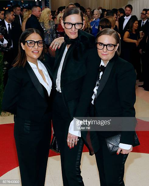 Jenni Konner Jenna Lyons and Lena Dunham attend 'Manus x Machina Fashion in an Age of Technology' the 2016 Costume Institute Gala at the Metropolitan...