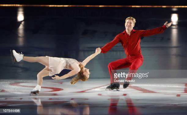 Jenni Meno and Todd Sand skates at 'A Salute to the Golden Age of American Skating at Boardwalk Hall Arena on December 11 2010 in Atlantic City New...