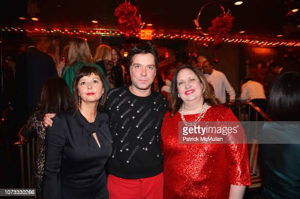 Jenni Muldaur Rufus Wainwright and Alison Mazzola attend George Farias Anne Jay McInerney Host A Holiday Party at The Doubles Club on December 13...
