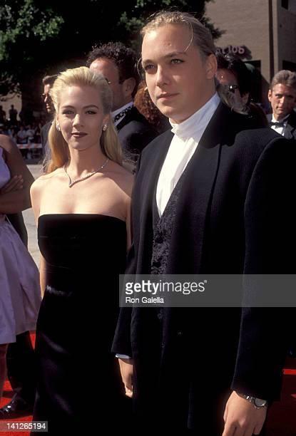 Jennie Garth and Daniel Clark at the 44th Annual Primetime Emmy Awards Pasadena Civic Auditorium Pasadena