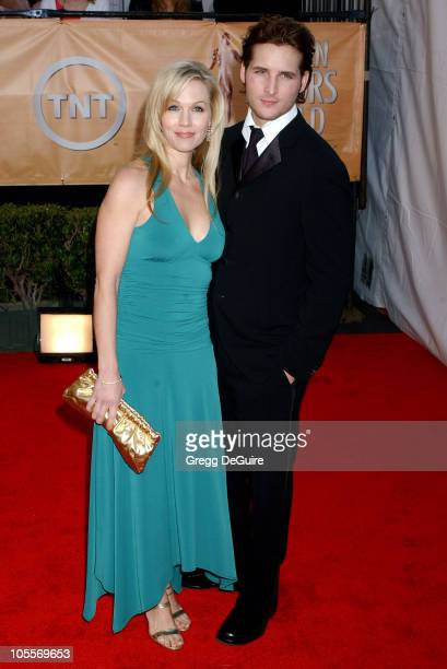 Jennie Garth and Peter Facinelli during 11th Annual Screen Actors Guild Awards Arrivals at Shrine Auditorium in Los Angeles California United States