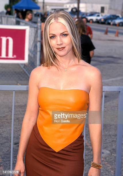 Jennie Garth at the 1st Annual Teen Choice Awards Santa Monica Barker Hanger Santa Monica