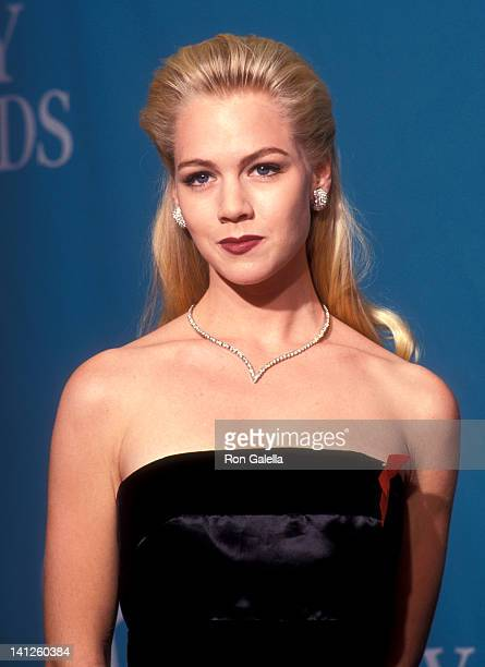 Jennie Garth at the 44th Annual Primetime Emmy Awards Pasadena Civic Auditorium Pasadena