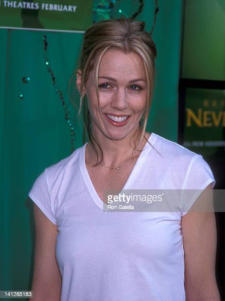 Jennie Garth at the Premiere of 'Return to Neverland' El Capitan Theatre Hollywood
