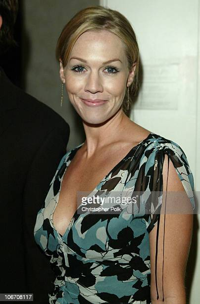 Jennie Garth during The Lili Claire Foundation's 6th Annual Benefit Hosted by Matthew Perry Red Carpet Arrivals at The Beverly Hilton Hotel in...