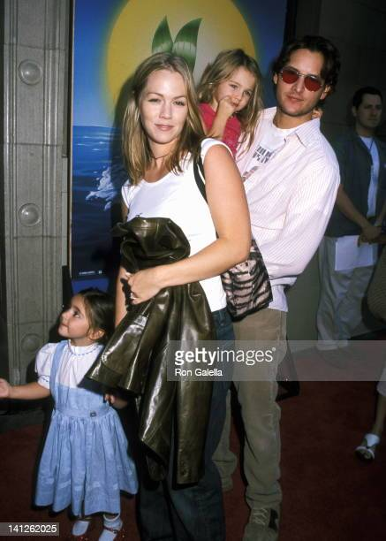 Jennie Garth Peter Facinelli and daughters at the World Premiere of 'The Little Mermaid II Return to the Sea' El Capitan Theater Hollywood
