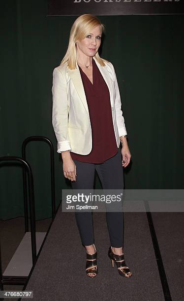 Jennie Garth promotes the new book 'Deep Thoughts From a Hollywood Blonde' at Barnes Noble Tribeca on March 4 2014 in New York City
