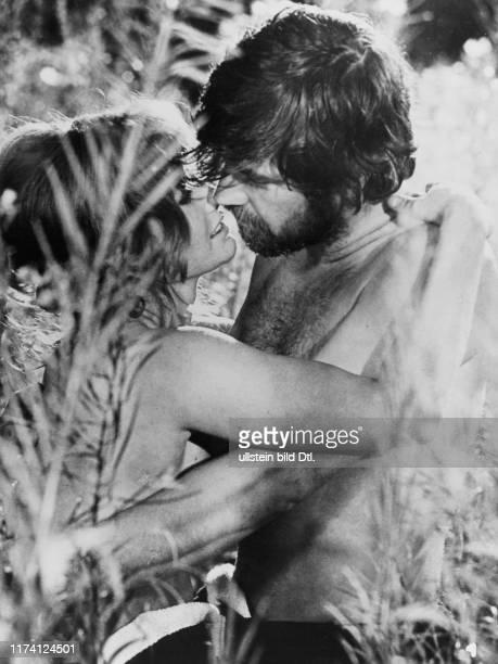 """Jennie Linden, Alan Bates in """"Women in Love"""" 1969"""