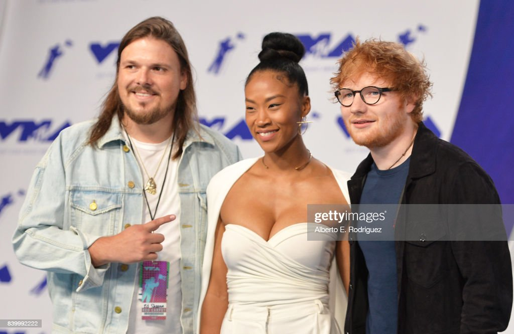 Jennie Pegouskie and Ed Sheeran (R) attend the 2017 MTV Video Music Awards at The Forum on August 27, 2017 in Inglewood, California.