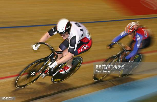Jennie Reed of USA battles with Lisandra Guerra Rodriguez of Cuba during the Quarter Finals of the Women's Sprint during the UCI Track Cycling World...