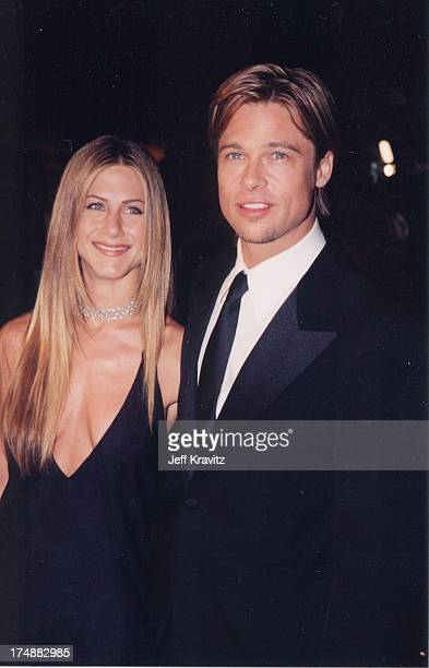 Jennifer Aniston and Brad Pitt during The 72nd Annual Academy Awards Vanity Fair Party at Morton's in Los Angeles California United States