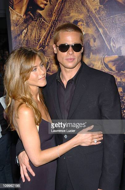 Jennifer Aniston and Brad Pitt during Troy New York Premiere at Zeigfeld Theater in New York City New York United States