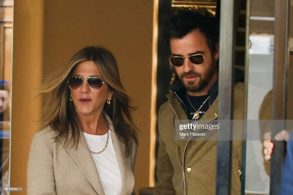 Jennifer Aniston and Justin Theroux Sighting In Paris : News Photo