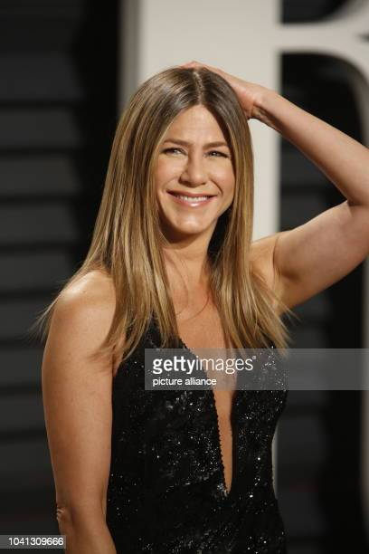 Jennifer Aniston arrives at the Vanity Fair Oscar Party at Wallis Annenberg Center for the Performing Arts in Beverly Hills Los Angeles USA on 26...