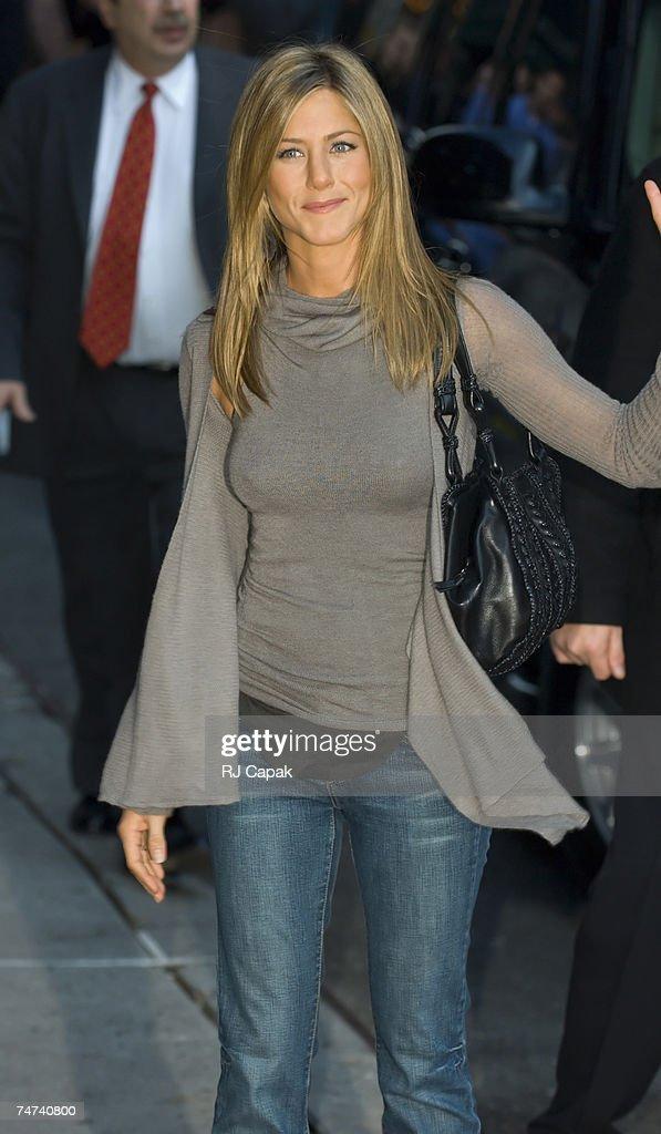Jennifer Aniston - Tele 7 Jours Magazine (July 2019