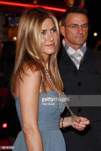 """Jennifer Aniston attends the UK premiere of """"Marley & Me"""" at the Vue Leicester Square on March 2, 2009 in London, England."""