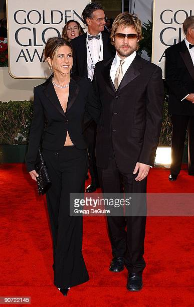 Jennifer Aniston Brad Pitt arrive at the Golden Globe Awards at the Beverly Hilton January 20 2002 in Beverly Hills California