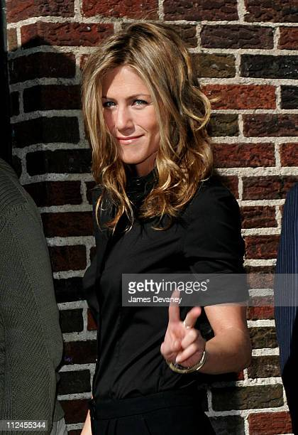 Jennifer Aniston during Jennifer Aniston Visits the 'Late Show With David Letterman' May 24 2006 at Ed Sullivan Theatre in New York City New York...