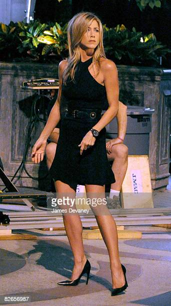 Jennifer Aniston films on location for '30 Rock' on September 3 2008 in New York City