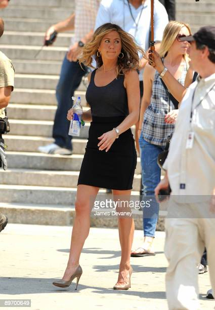 Jennifer Aniston on location for The Bounty on the streets of Manhattan on August 4 2009 in New York City