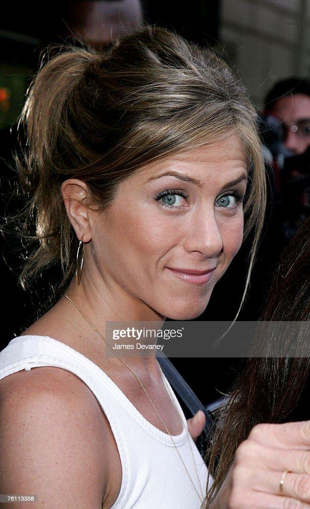 Jennifer Aniston Sighting In New York City - May 25, 2006 : News Photo
