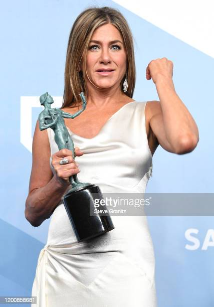 Jennifer Aniston poses at the 26th Annual Screen Actors Guild Awards at The Shrine Auditorium on January 19, 2020 in Los Angeles, California.