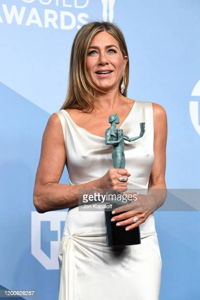 Jennifer Aniston, winner of Outstanding Performance by a Female Actor in a Drama Series for 'The Morning Show', poses in the press room during the...
