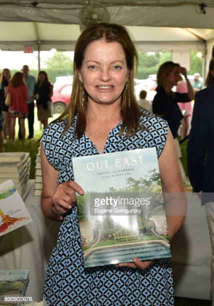 Jennifer Ash Rudick attends Authors Night 2017 At The East Hampton Library at The East Hampton Library on August 12 2017 in East Hampton New York