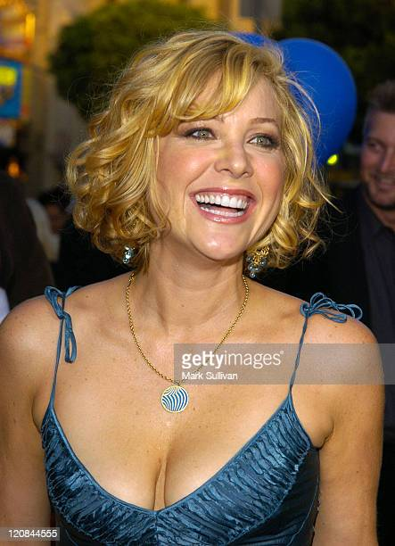Jennifer Aspen Pictures and Ph...