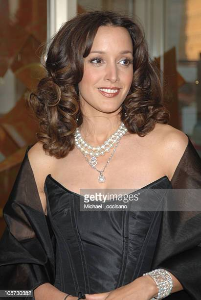 Jennifer Beals during Dustin Hoffman Honored by the Film Society of Lincoln Center at Lincoln Center's Avery Fisher Hall in New York City New York...