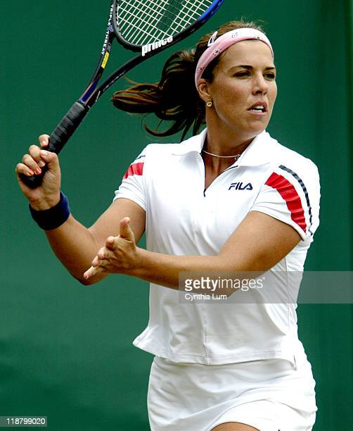 Jennifer Capriati into quarter final with two set win over Anastasia Myskina 62 63