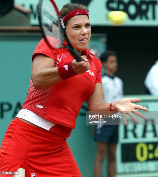 Jennifer Capriati into semi final with 63 26 63 win over Serena Williams