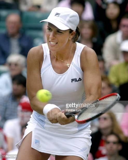 Jennifer Capriati on her way to being beaten by Serena Williams 6-1, 6-1