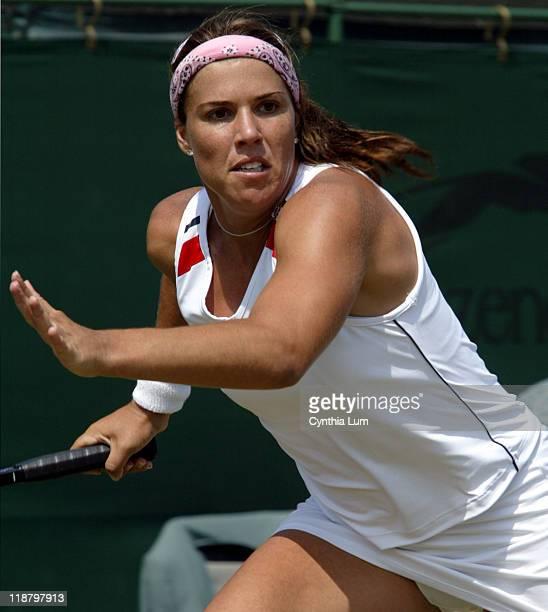 Jennifer Capriati scores impressive 6-2, 6-1 win over Marie-Gaianeh Mikaelian