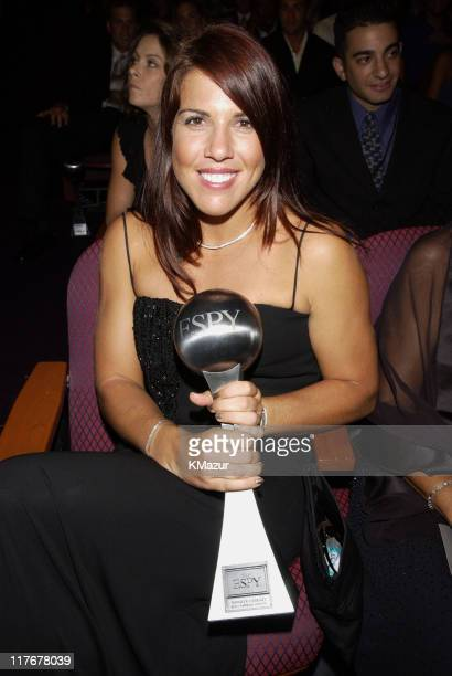 Jennifer Capriati with her 2002 ESPY Award for Best Comeback Athlete