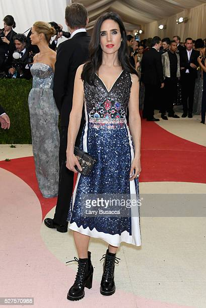 Jennifer Connelly attends the Manus x Machina Fashion In An Age Of Technology Costume Institute Gala at Metropolitan Museum of Art on May 2 2016 in...