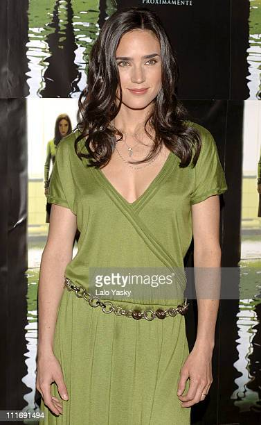 Jennifer Connelly during 'Dark Water' Madrid Photocall at Palace Hotel in Madrid Spain