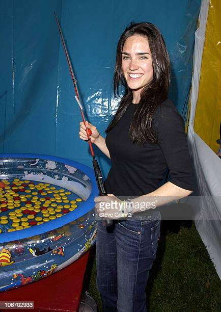 Jennifer Connelly during Target A Time For Heroes To Benefit The Elizabeth Glaser Pediatric AIDS Foundation at Mandeville Canyon Park in Los Angeles...