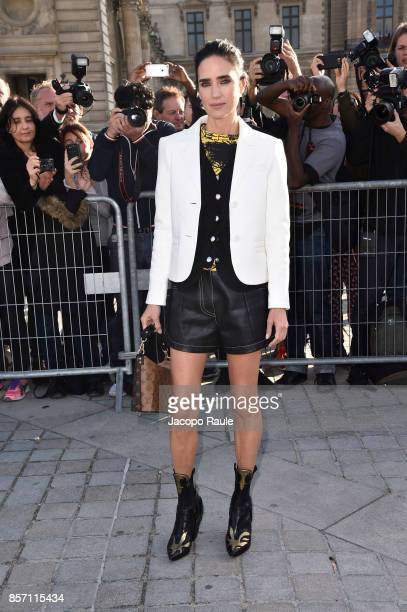 Jennifer Connelly is seen arriving at Louis Vuitton show during Paris Fashion Week Womenswear Spring/Summer 2018 on October 3 2017 in Paris France
