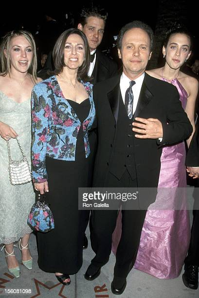 Jennifer Crystal Husband Michael Foley Janice Crystal Billy Crystal and Lindsay Crystal