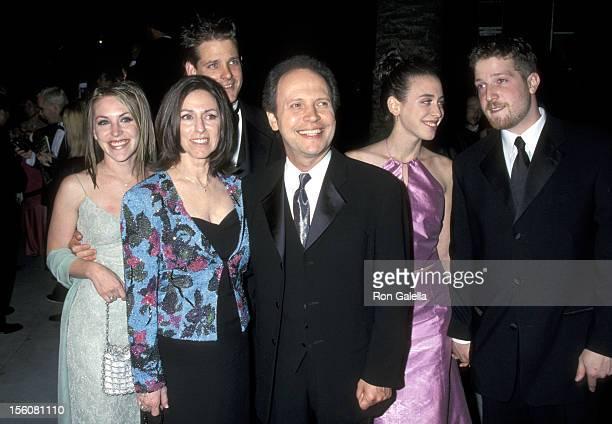 Jennifer Crystal Husband Michael Foley Janice Crystal Billy Crystal Lindsay Crystal and Boyfriend