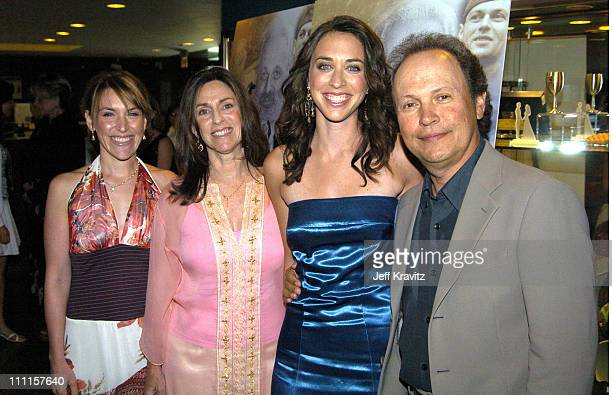 Jennifer Crystal, Janice Crystal, Lindsay Crystal and Billy Crystal