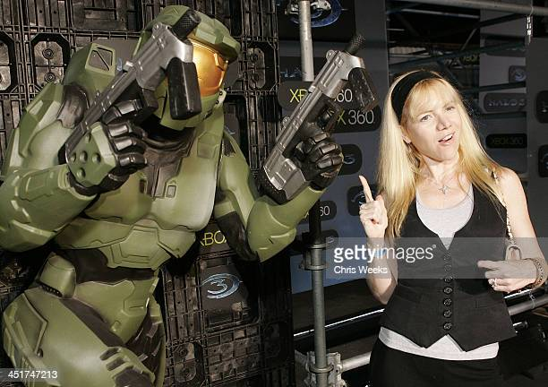 30 Top Xbox 360 Halo 3 Sneak Preview Red Carpet And Inside